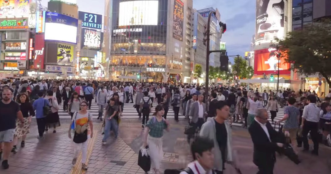 Watch Walking Shibuya City in Tokyo UltraHD 4K for 45 minutes