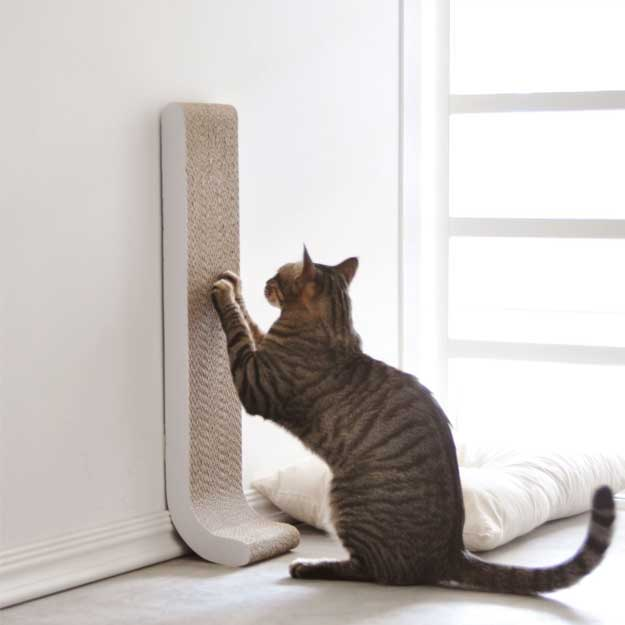 Wall Mounted Scratching Post