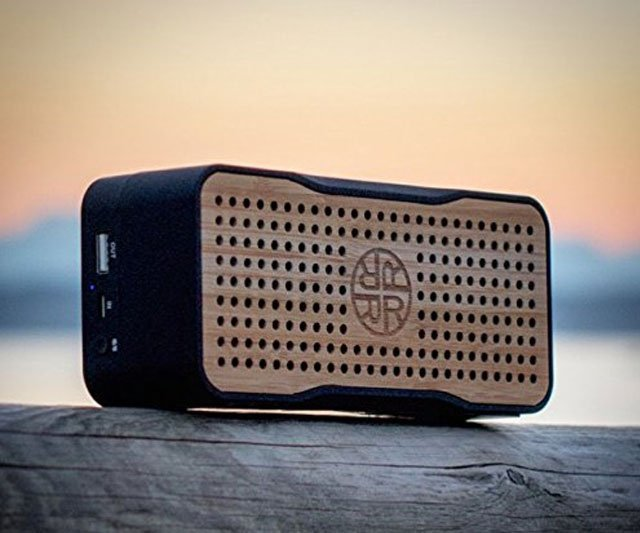 Wireless Solar Powered Bamboo Speakers