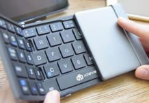Best Foldable Bluetooth Keyboard For Smartphones & Tablets