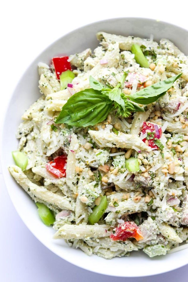 Greek Yogurt Pesto Chicken Pasta