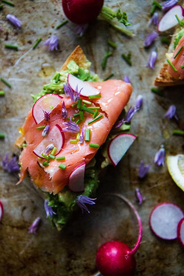 Quick Smoked Salmon With Avocado Radish Salad