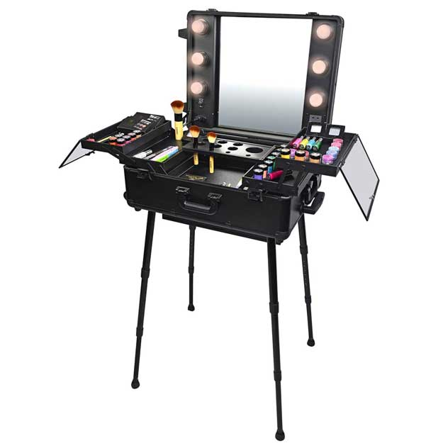 SHANY Studio To Go Makeup Case with Light