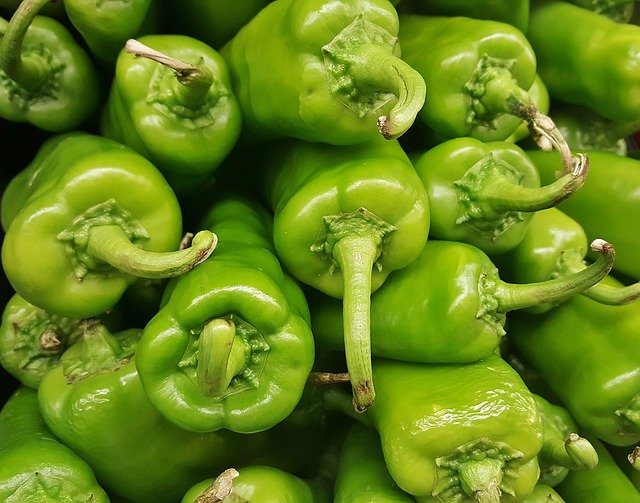 The green pepper benefits and side effects