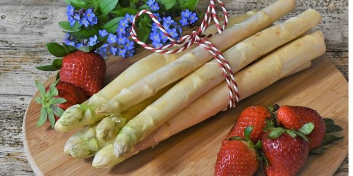 Asparagus Benefits and Side Effects - Healthy or Unhealthy?