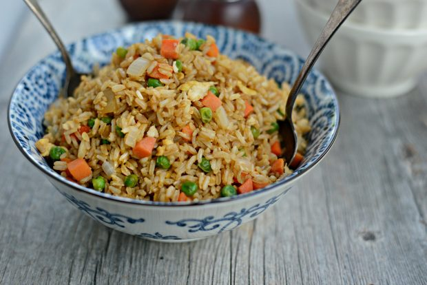Healthy Brown Rice With a Scrambled Eggs