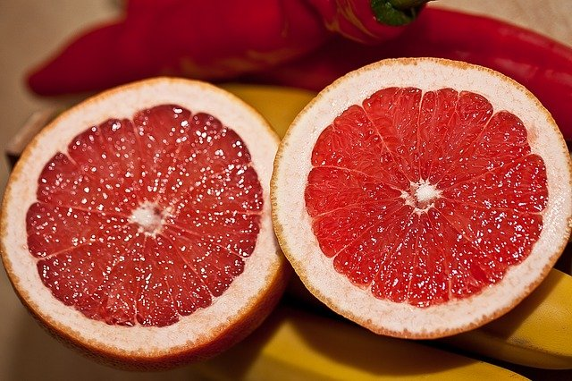 Grapefruits are Healthy Foods for Losing Weight