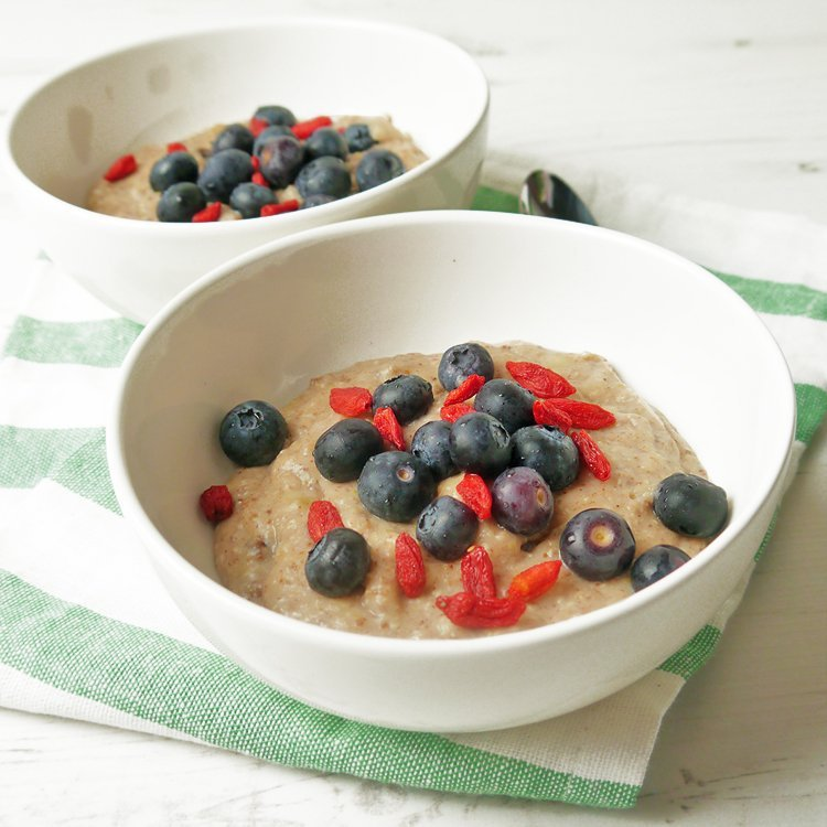 Porridge for a healthy breakfast