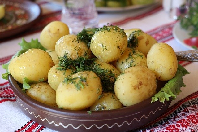 Potatoes are Healthy Foods for Losing Weight