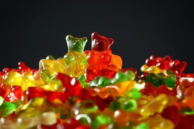 Sugar-Free Jelly Bears are Healthy Foods for Losing Weight