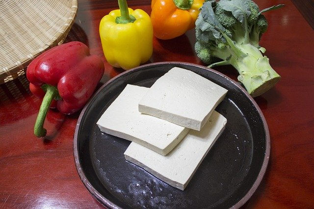 Tofu is a Healthy Food for Losing Weight