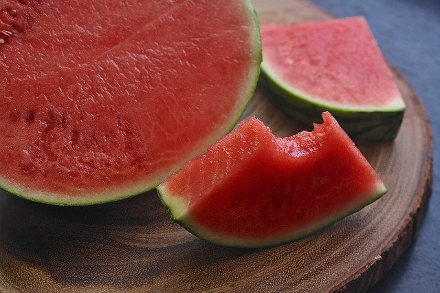 Watermelons are Healthy Foods for Losing Weight