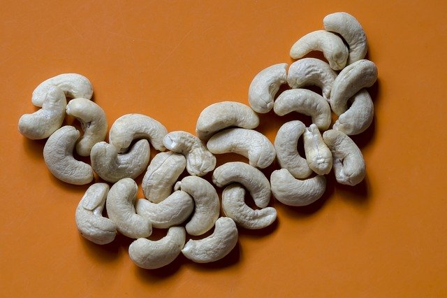 Cashew nuts are high in copper content.