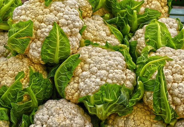 Cauliflower benefits and side effects - Cauliflower reduces the risk of cancer
