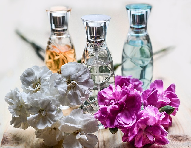 Cosmetics and aroma additive