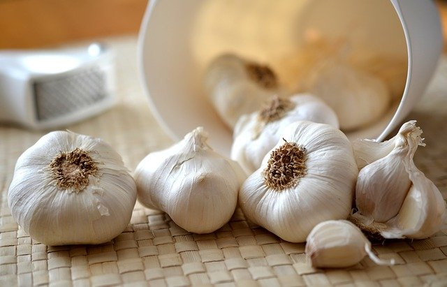 How to preserve garlic?